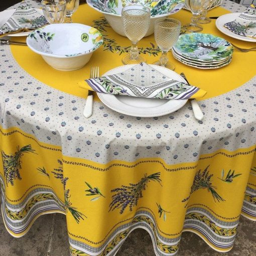 Lauris Jaune Round Tablecloth Setting